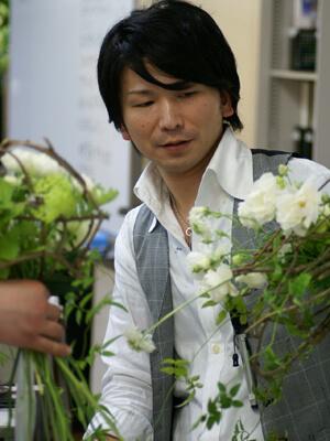すばらしき花の世界へと導かれました。/丹羽 英之 (第2期卒業)
