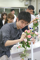 卒業生の花業界就職率100%